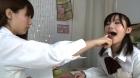 フェチ:レズ:女子校生のいやらしいレズキス