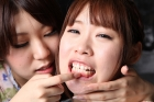 フェチ:レズ:歯茎舐めれず