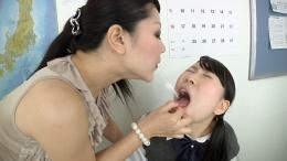 フェチ:レズ:タンつばレズ 教師と女子校生篇