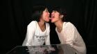 フェチ:レズ:接吻唾液アクリル匂いレズ