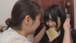フェチ:レズ:やさしいママと甘えんぼうな娘「とある朝」(土曜日)