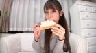 フェチ:レズ:【リクエスト作品】食パン食べてルージュをつける