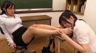 フェチ:レズ:女子校生が担任女教師に丁寧な脚舐めレズ 羽生ありさ 斉藤みゆ