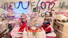 フェチ:レズ:【クリスマスイヴ特別企画】ケーキ生クリームメッシー舐め愛ハッピーメリークリスマス2018 今井麻衣 星乃レイア