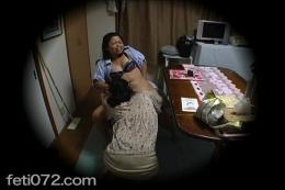 【ママ子FUCK!!お母さんと娘の禁断の貝合わせ性交渉】 娘の事が心配で心配で堪らないお母さんと・・・彼氏と遊びふける娘との禁断の母子愛情劇を【盗撮】カメラでどうぞご覧下さい・・・どこの家でも繰り広げられている親子喧嘩がいつしか禁断の愛情へと変化していく・・・お母さんダメ・・・でも快楽に溺れた娘はママ子FUCKで堕ちて逝く★