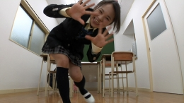 フェチ:レズ:女子校生ノーパンダンス
