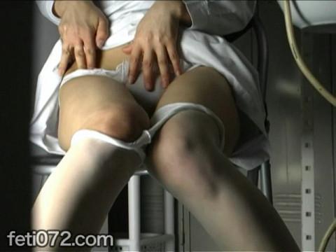 フェチ:レズ:マン汁垂れ流し指オナニー#1女医