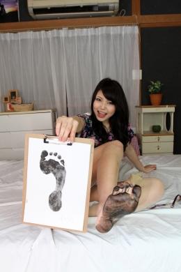 【足拓】 脚が綺麗なめぐみちゃんの足拓を撮影。ばっちりいただきました