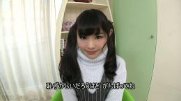 フェチ:レズ:初芽里奈ちゃんの体重測定!果たして何キロ?