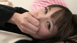 フェチ:レズ:恋人気分で寝起きの彼女のバーチャル口臭嗅ぎ 小春