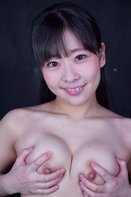 フェチ:レズ:乳首オナニー・セルフ乳首舐め 原美織