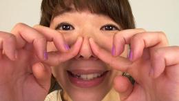 フェチ:レズ:素人娘みきちゃんの鼻観察・鼻水塗り付け