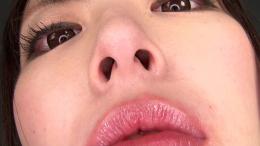 フェチ:レズ:黒木いくみちゃんの鼻観察・大量くしゃみぶっかけ鼻水ドロドロ遊び