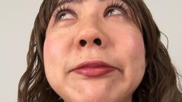 フェチ:レズ:本物素人ルミさんの鼻観察・くしゃみ鼻水