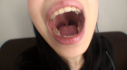フェチ:レズ:素人娘ゆかりちゃんの舌・口内自撮り