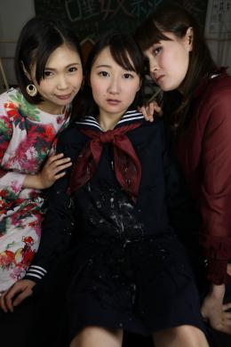 フェチ:レズ:唾奴隷ドール①黒セーラー服編『MISAKI』 小春 優保なのか 夢乃美咲