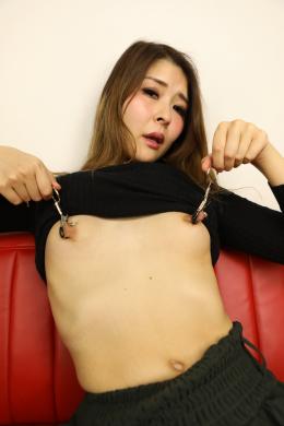 フェチ:レズ:レズビアン美女すずかさん(仮名)の主観淫語バーチャル乳首オナニー