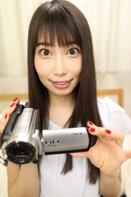 フェチ:レズ:佐伯由美香さんの舌・口内自撮り