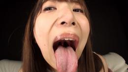 フェチ:レズ:喜多方涼ちゃんの舌・口内自撮り