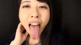 フェチ:レズ:綾瀬さくらちゃんの舌・口内自撮り
