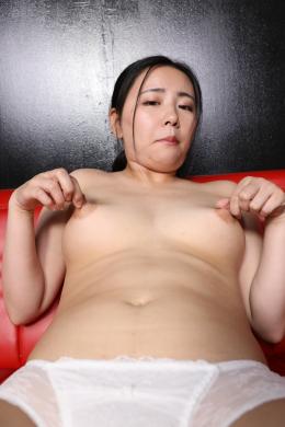 フェチ:レズ:巨大ボタン乳首女の乳首アクメオナニー 坂本ほのか