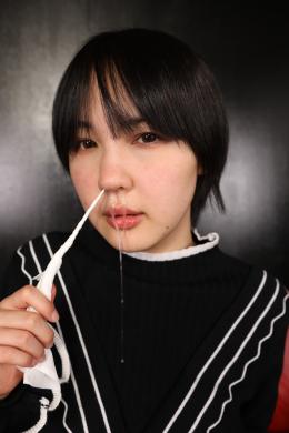 フェチ:レズ:鼻観察・くしゃみ鼻水 田嶋まお