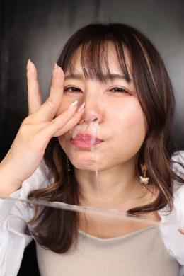 フェチ:レズ:鼻観察・くしゃみ鼻水 永瀬愛菜