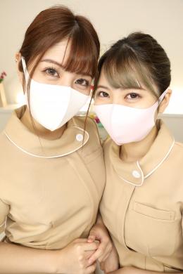 【仕事終わりのエステティシャンがお互いの口臭・唾液臭を確認し合う鼻舐めレズ 豊中アリス 永野つかさ】 エステティシャンで同期の豊中の永野。最近は施術中にマスク着用が義務付けられている為、身体を酷使するエステティシャンの口元はマスクで蒸れ蒸れ。唾と汗が染み込んだマスク内は酸っぱくなる一方。お店が閉店する頃には、喉もカラカラで口臭も気になるし、唾もネバネバで臭さも更にアップ。マスクの中の匂いがキツくなるという話題で盛り上がる豊中と永野の終業後のお話。 【白虎監督作品】