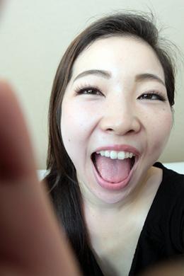 フェチ:レズ:朝日奈みなみちゃんの歯・口内自撮り