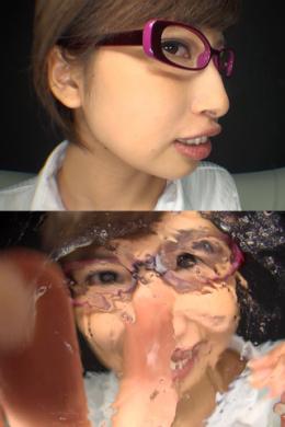 フェチ:レズ:綺麗なお姉さんの鼻観察&主観くしゃみ鼻水ぶっかけ