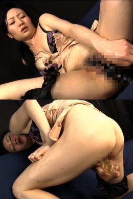 【熟女のディルドオナニー】 ド変態エロ熟女の艶かしいディルドオナニー  SD&ハイビジョン高画質(HDV-720P)
